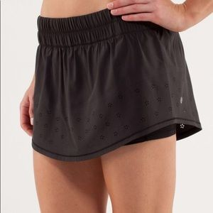 Lululemon Run: Breeze By Skirt Size 6